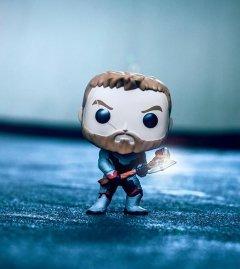 Funko POP! Bobble: Marvel: Avengers Endgame: Thor источник The Avengers