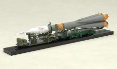 Модель MODEROID 1/150 Plastic Model Soyuz Rocket & Transport Train (2nd re-run) изображение 6