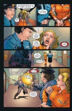 Комикс Бэтмен. Detective Comics. Такая типа семья издатель Азбука-Аттикус